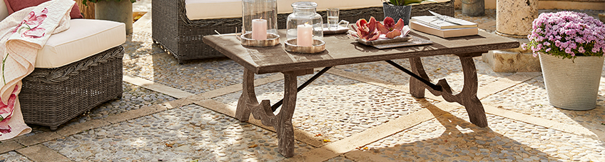 Tables & tables d'appoint