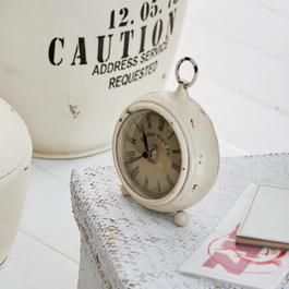 Horloge Hailey blanc vieilli